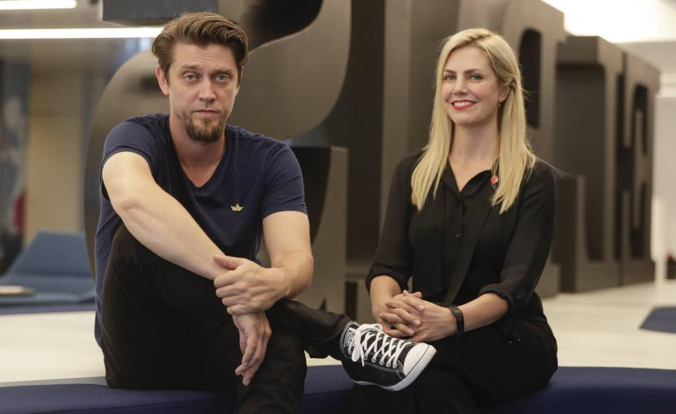 Andy Muschietti e Barbara Muschietti, na redação do El País