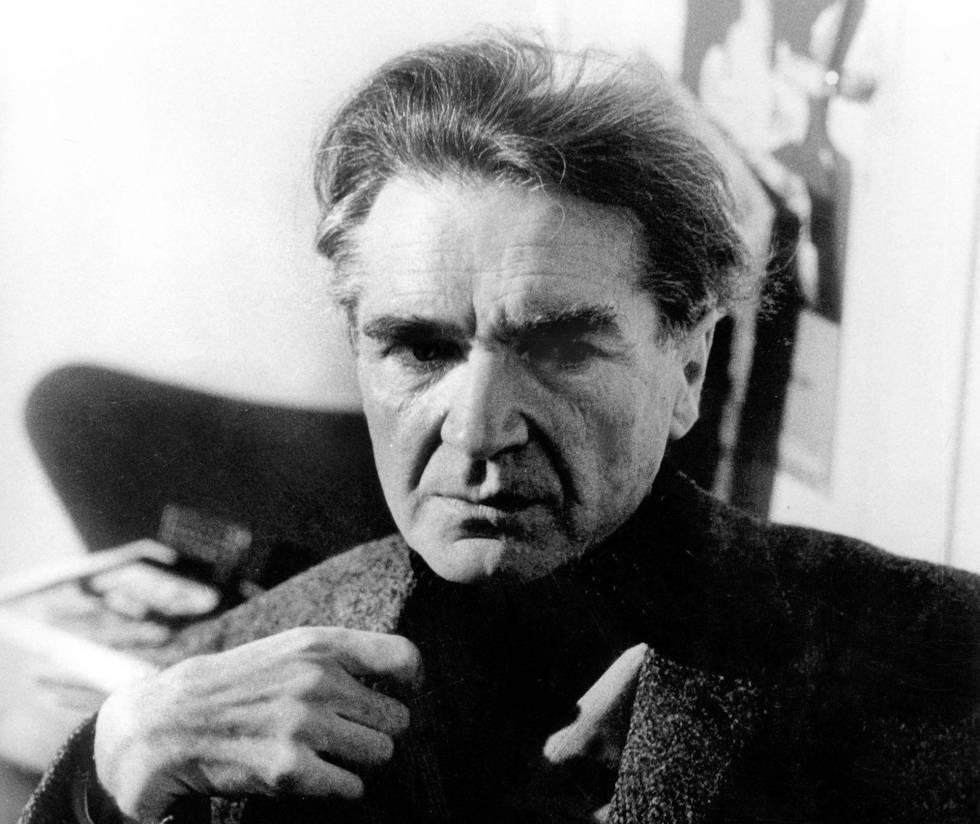 Emil Michel Cioran, retratado en 1977.