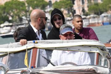 Darren Aronofsky llega al Festival de Cine de Venecia.