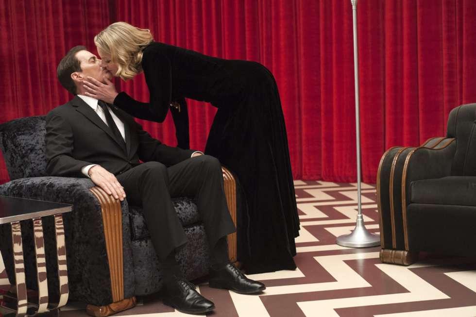 Kyle MacLachlan y Sheryl Lee en Twin Peaks, de David Lynch.