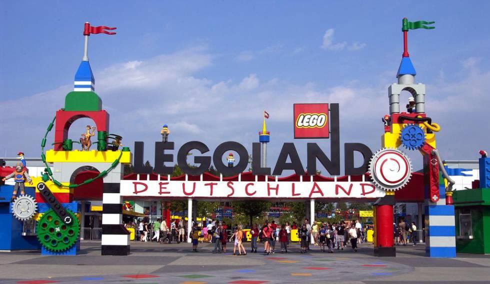 Entrada al parque temático de Legoland, en Alemania.