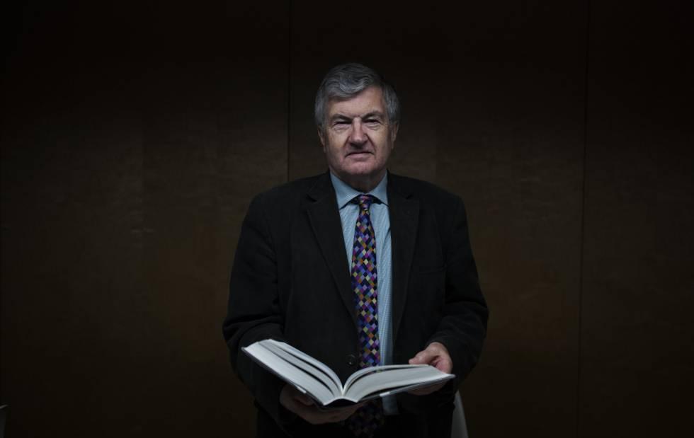 Richard J. Evans, historiador y escritor.