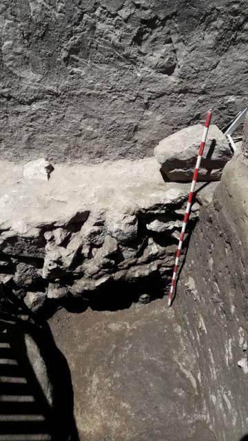 Restos arqueológicos de la muralla de Ávila datados en el siglo I.