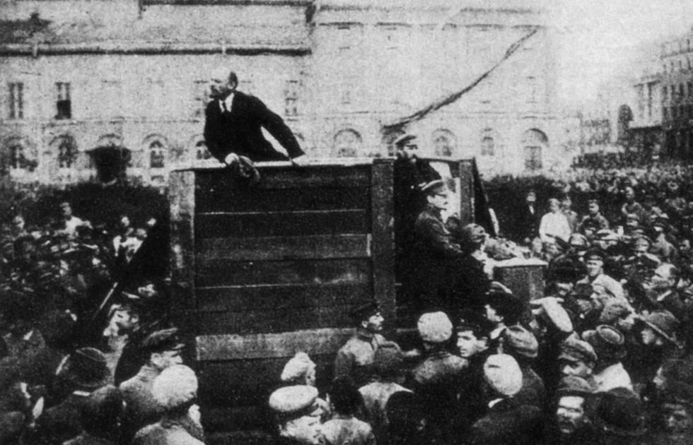 Lenin y Trotski durante la Revolución Rusa de 1917