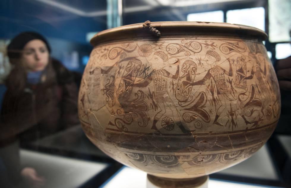 Vaso de los Guerreros, datado entre los siglos III y II antes de Cristo, obra cumbre del arte ibérico.