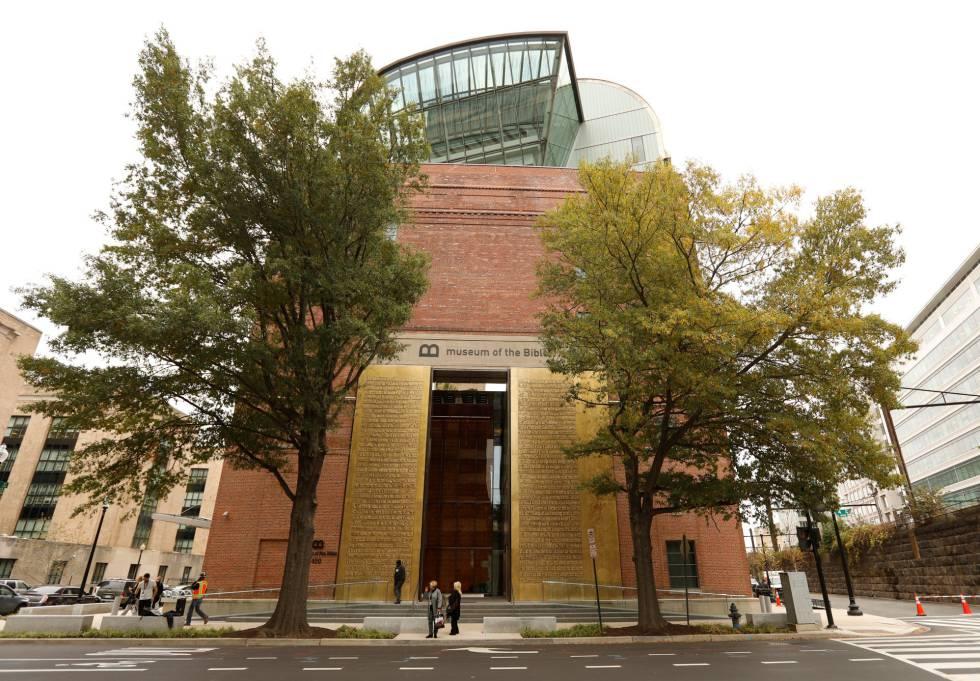 Fachada del nuevo museo en Washington, abierto al público desde este sábado.