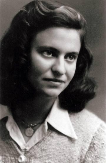 La escritora Magda Hollander-Lafon, antes de ser deportada.
