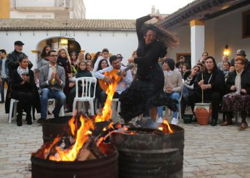In southern Spain, flamenco zambombas make a comeback