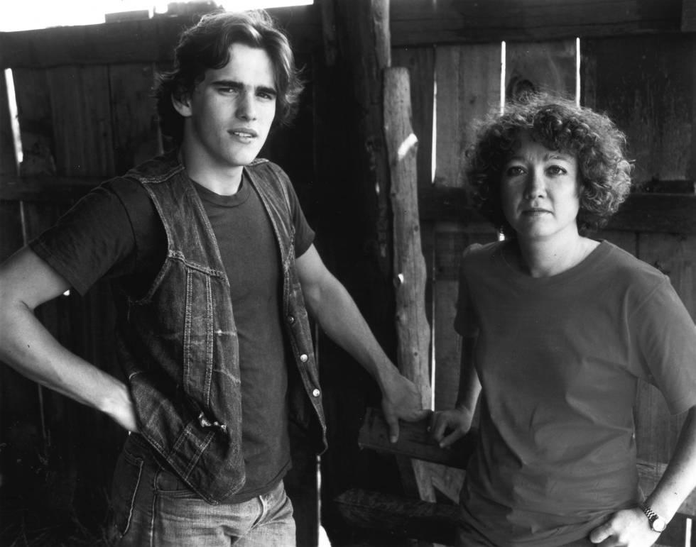 Matt Dillon e o escritor Susan.E.  Hinton, na filmagem de 'Tex', em setembro de 1982.