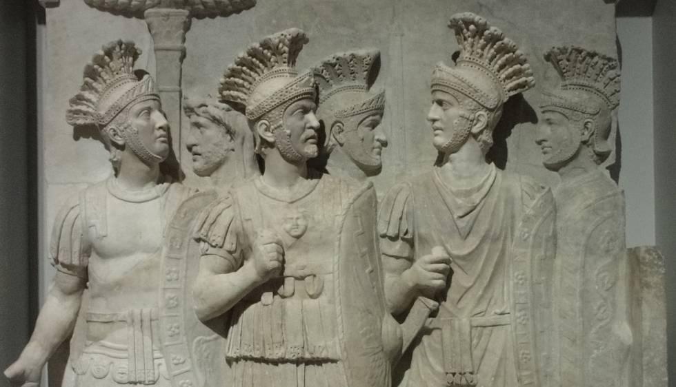 Los pretorianos del Louvre.