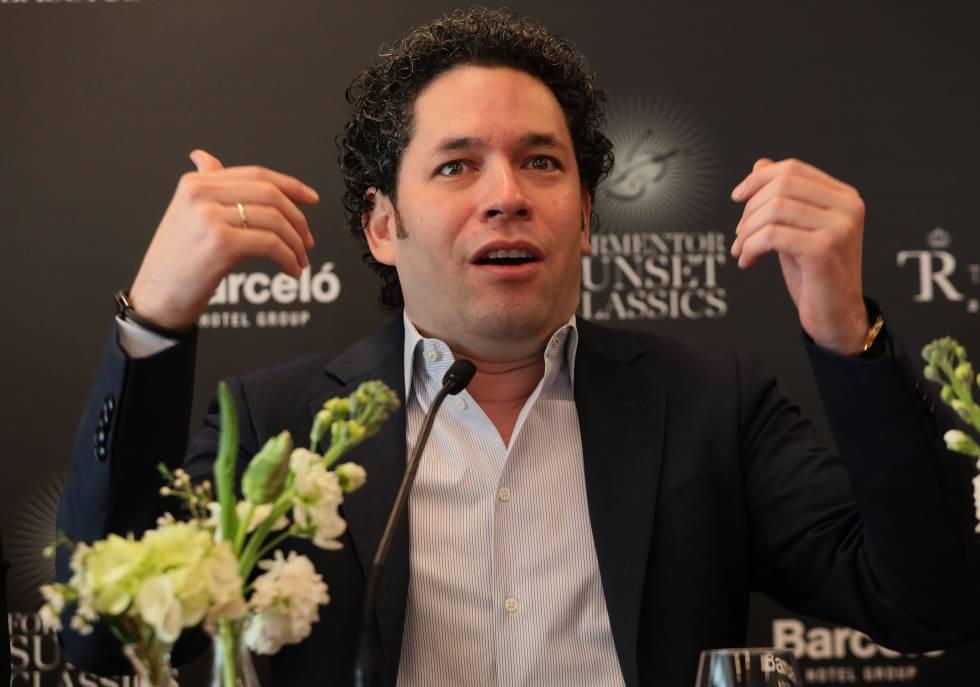El director de orquesta venezolano Gustavo Dudamel, en la rueda de prensa en Madrid.