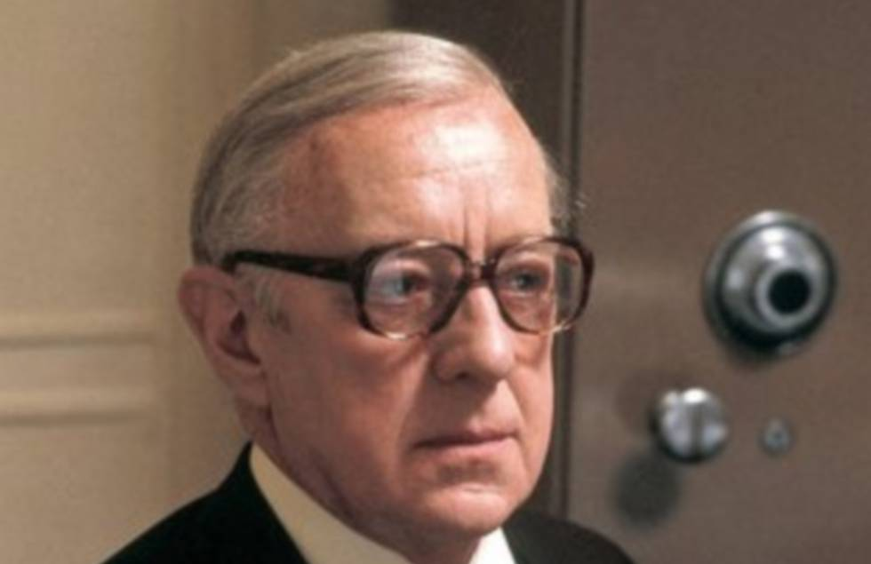 Alec Guinness como George Smiley en 'Tinker Tailor Soldier Spy' (1979), de John Irvin.