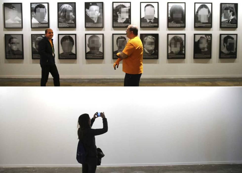 Arriba, la obra 'Presos políticos en la España contemporánea', de Santiago Sierra, en Arco. Abajo, pared en la que estaba colgada.