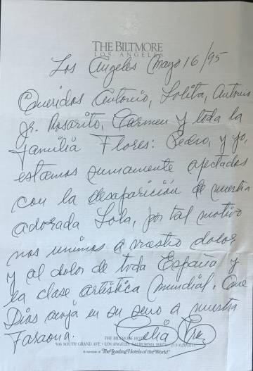 Carta de pésame de Celia Cruz a la familia Flores por la muerte de Lola Flores, el 16 de mayo de 1995.