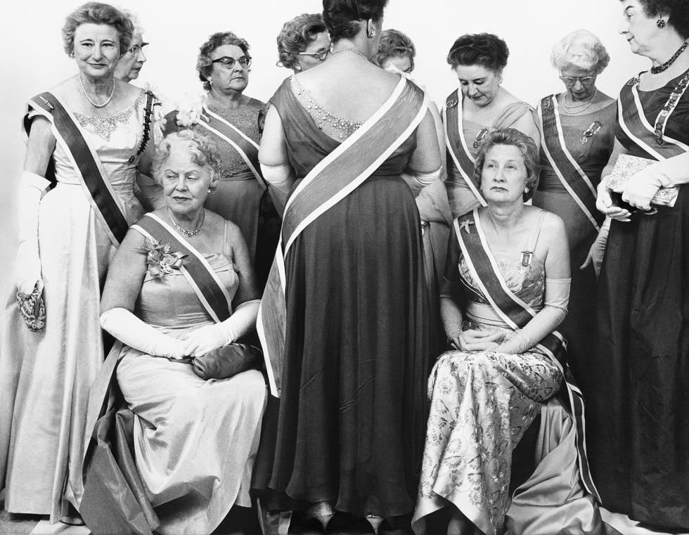 """The Generals of the Daughters of American Revolution ( Convención de """"las hijas de la Revolución Americana"""", en 1963. , con antepasados ligados a los revolucionarios del siglo XVIII )"""