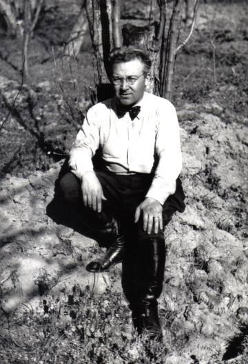 El escritor turco Filiz Ali.