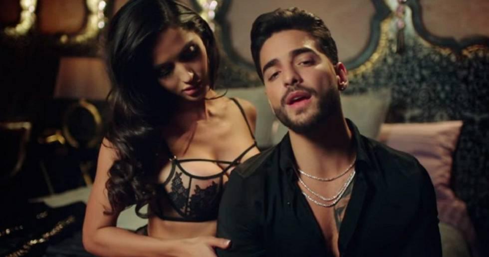 Maluma en el videoclip de 'Felices los 4'.