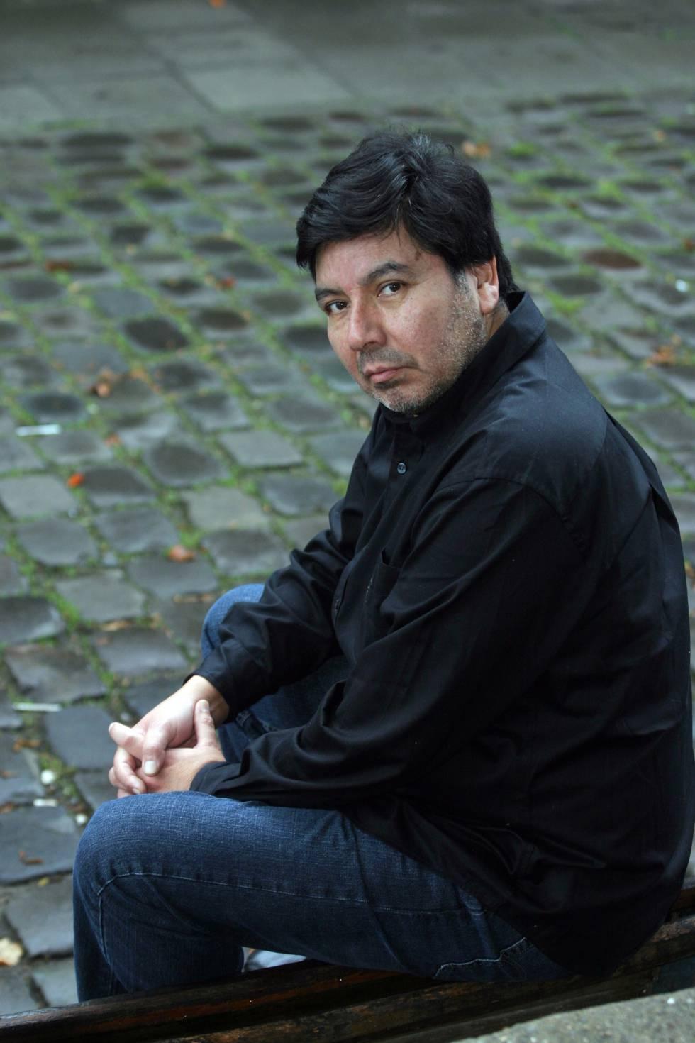 El escritor Marcelo Lillo.