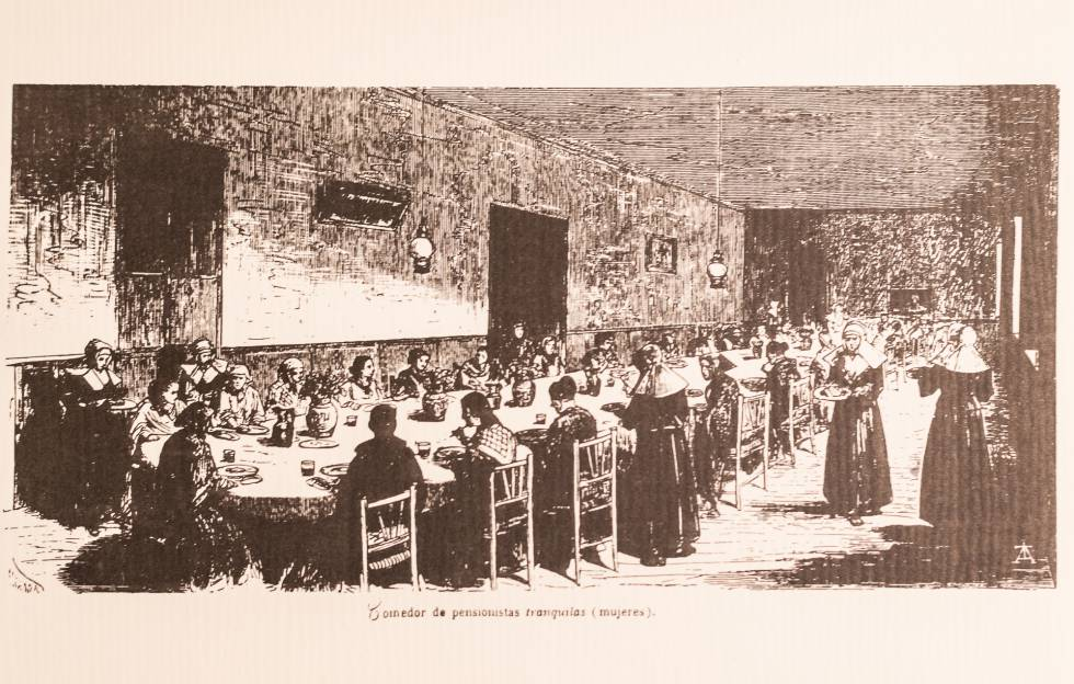 Print of mentally ill female patients having lunch in the Leganés asylum, 1872.