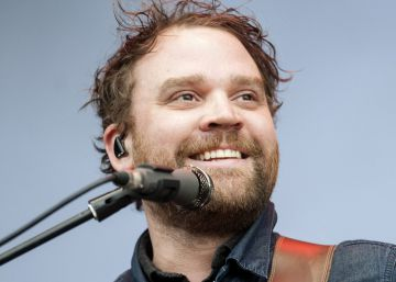 Hallado muerto Scott Hutchinson, vocalista del grupo 'indie-rock' Frightened Rabbit