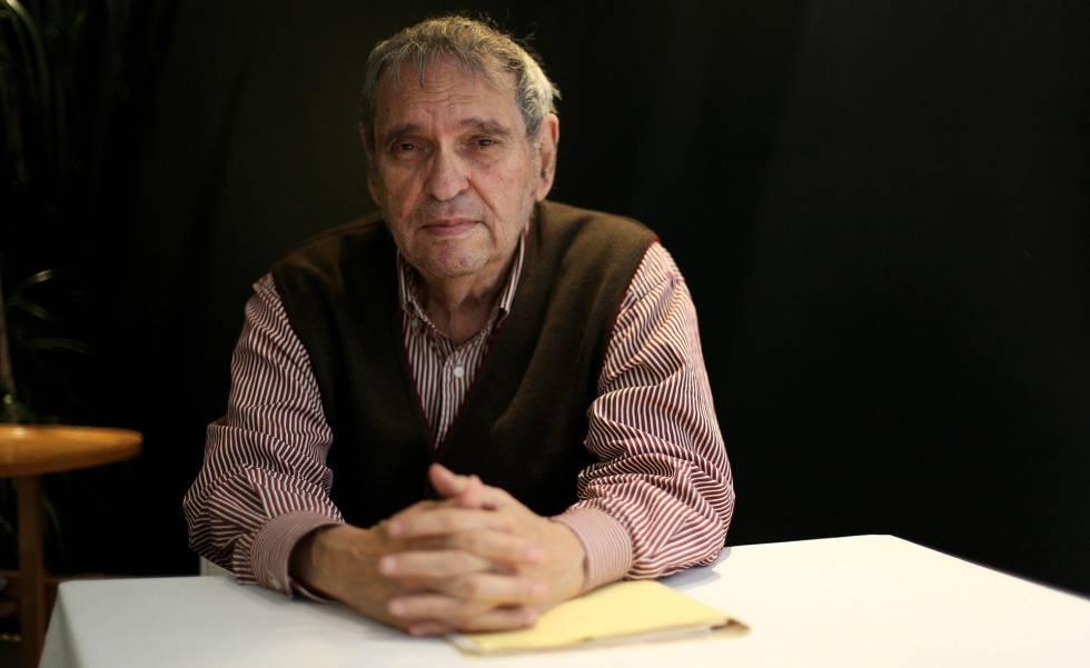 Rafael Cadenas,  poeta venezolano.