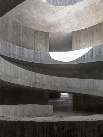 Ampliación del Museo de Automoción-Barreiros, en Torrejón de la Calzada (Madrid), cuya construcción está paralizada.