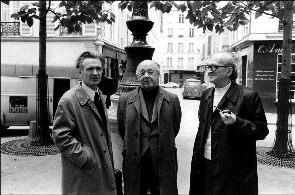 De izquierda a derecha, Cioran, Ionesco y Eliade, en París en 1977.