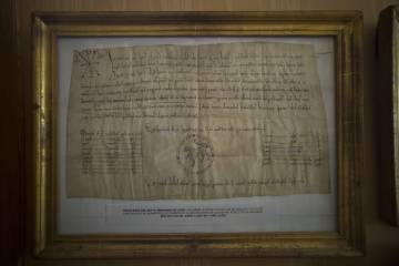 El documento más antiguo del archivo data de 1159.