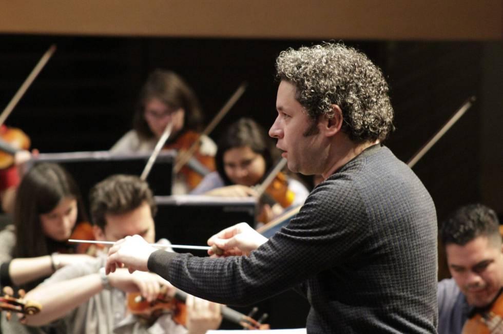 Gustavo Dudamel durante uno de los ensayos en Santiago de Chile