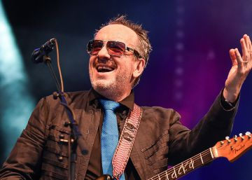 "Elvis Costello cancela su gira por un ""cáncer agresivo"""