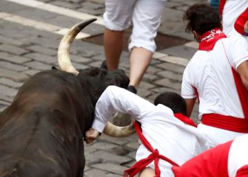 One man gored at seventh Running of the Bulls in Pamplona