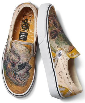 Zapatillas de la marca Vans inspiradas en el óleo 'Calavera', de Van Gogh.