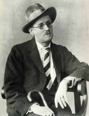 Retrato fotográfico del escritor James Joyce.