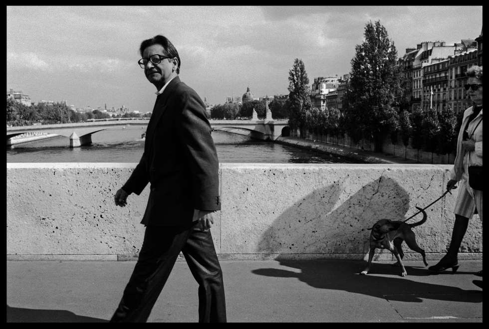 V. S. Naipaul, en 1992 en París.