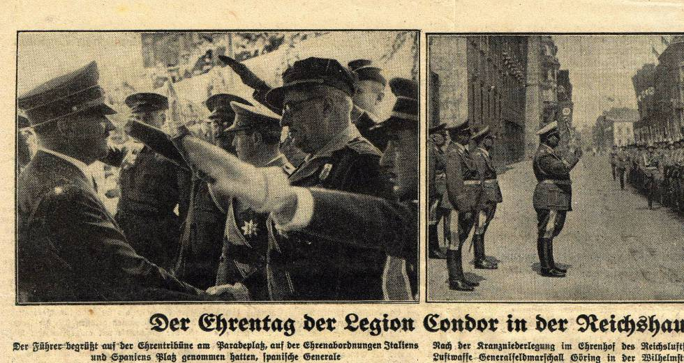 Hitler saluda al general Yagüe en Berlín.