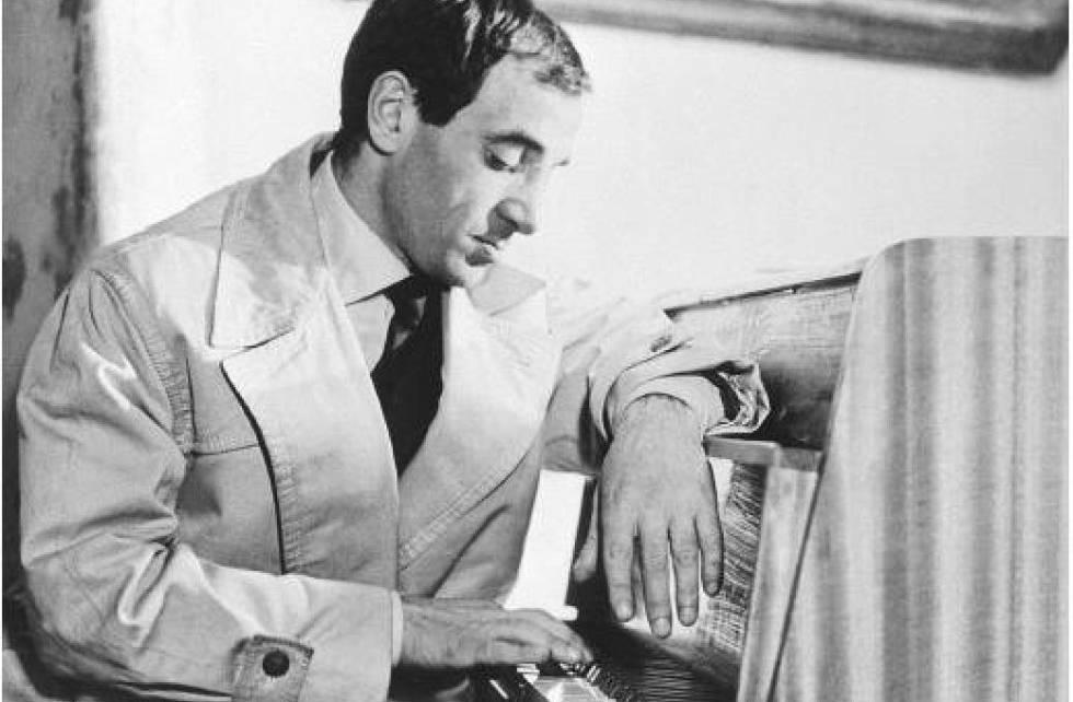Una de las primeras películas en las que apareció fue 'Disparen al pianista'. En el filme, interpreta a un hombre que intenta alejarse de su problemática familia tras la muerte de su esposa.