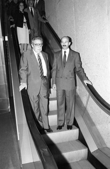 Paz y el presidente Salinas en 1990