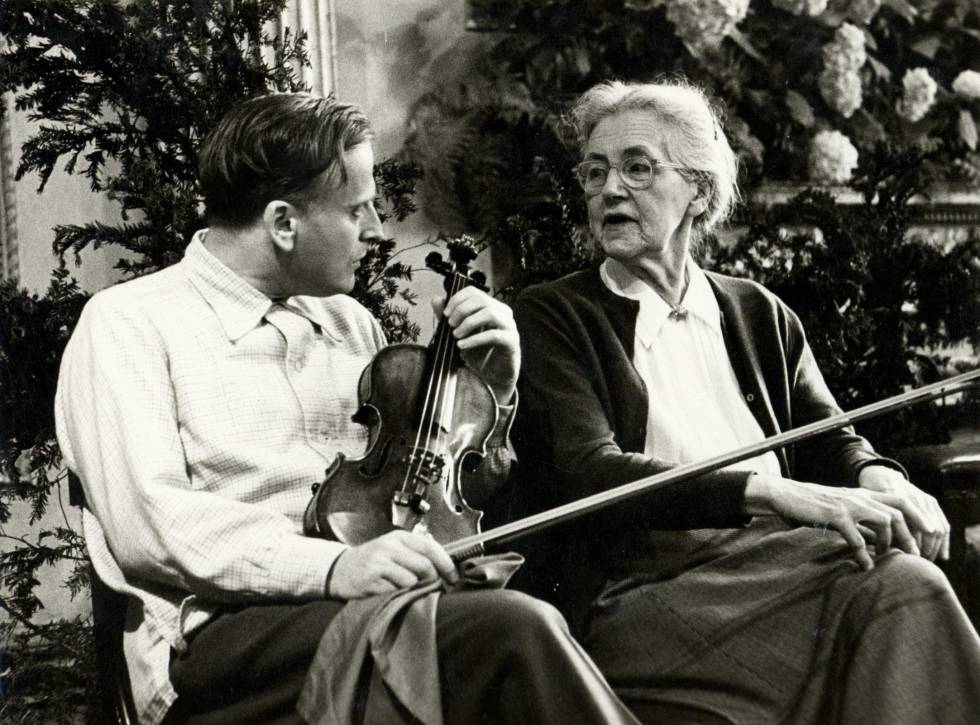 Yehudi Menuhin y Nadia Boulanger en el Festival de Bath en 1960.