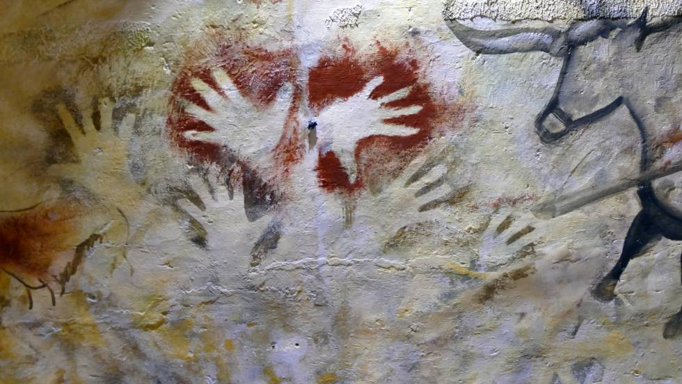 who discovered the altamira cave paintings