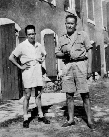 Camus (à esquerda) e Char, em L'Isle-sur-la-Sorgue, em 1940.