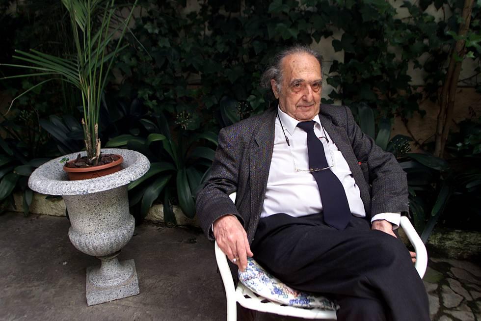 Rafael Sánchez Ferlosio, en el año 2003.