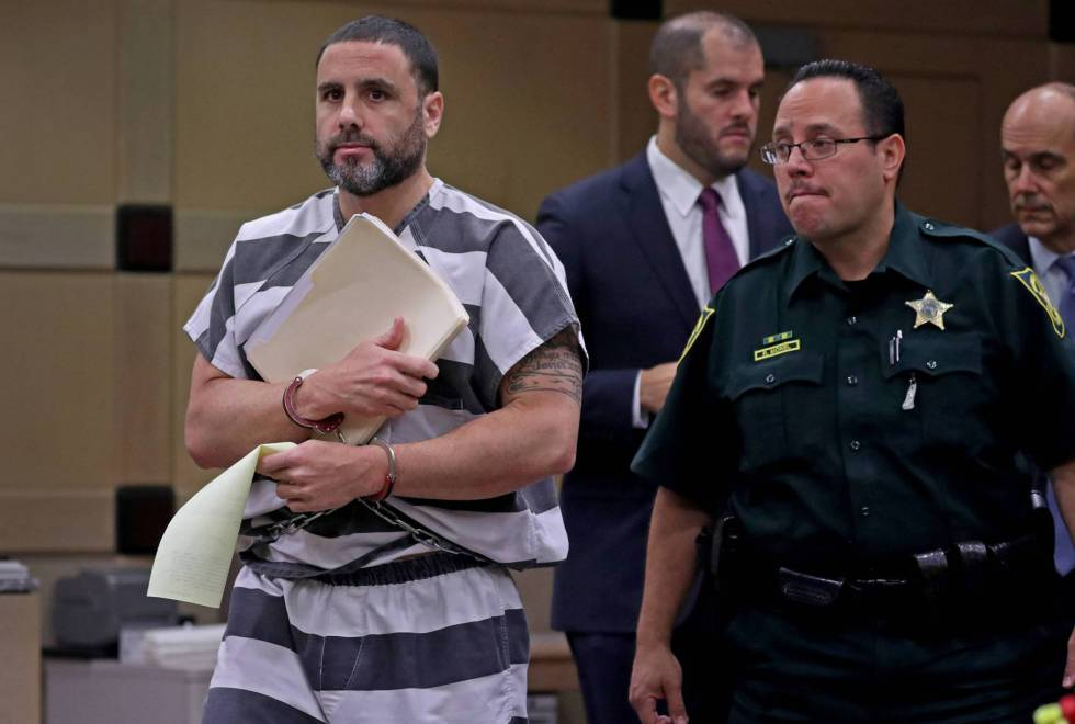 Pablo Ibar abandona el juzgado de Broward (Florida), en una imagen de agosto de 2017.