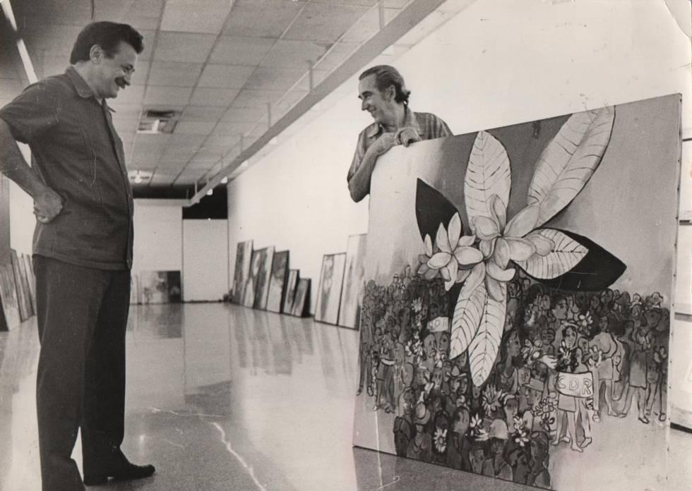Mario Benedetti (izquierda) y el pintor cubano Mariano Rodríguez, en el Museo de Bellas Artes de La Habana en 1987.rn
