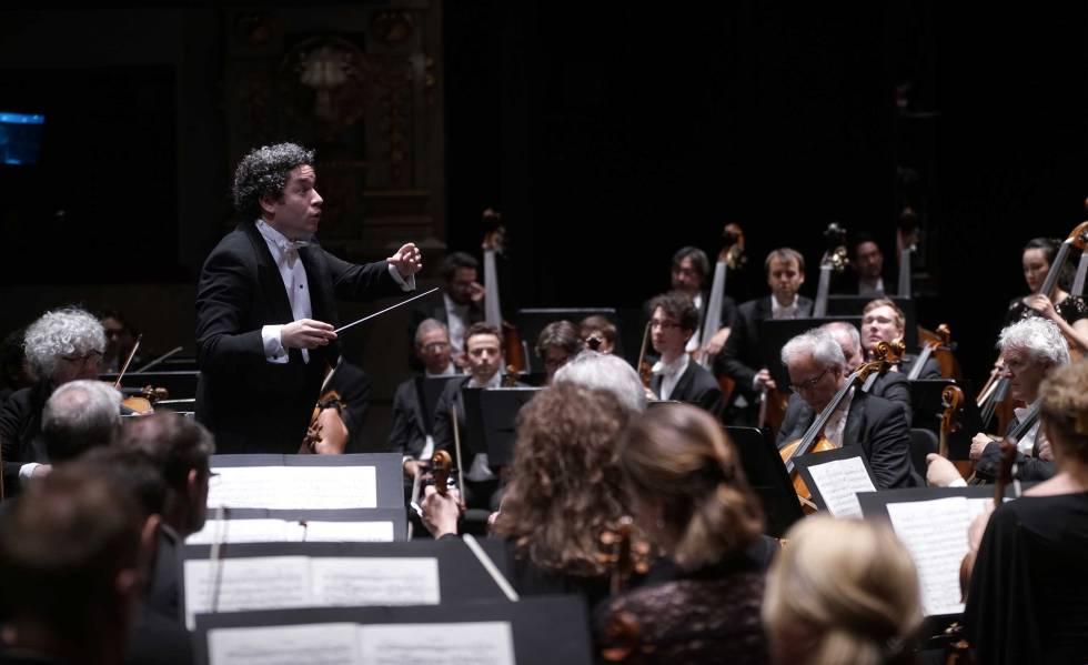Gustavo Dudamel al frente de la Orquesta Filarmónica de Múnich.