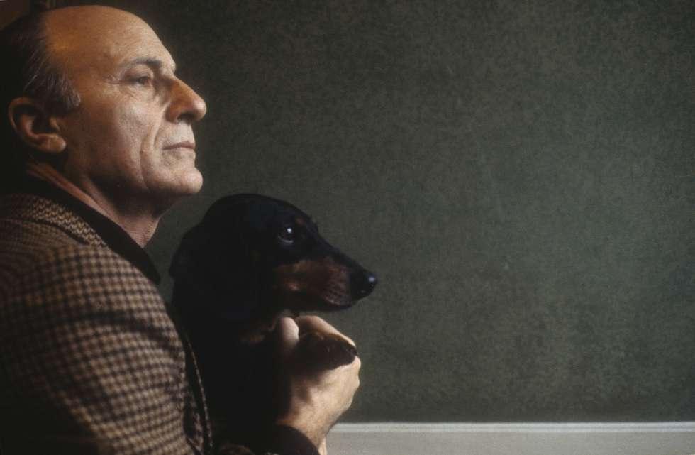 El escritor italiano Raffaele La Capria, en 1980.