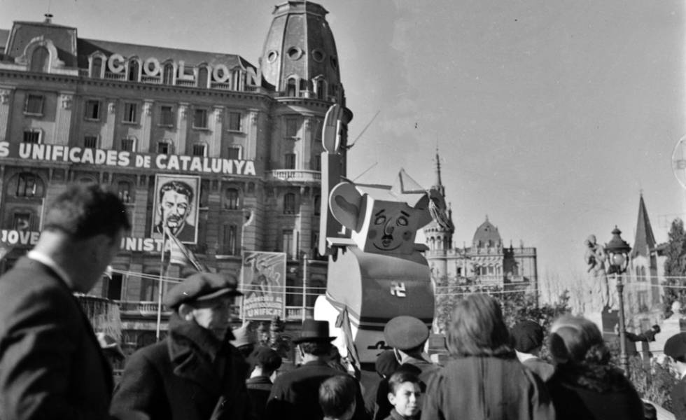 This photo by Kati Horna shows caricature of Franco in 1937 in Catalonia square.