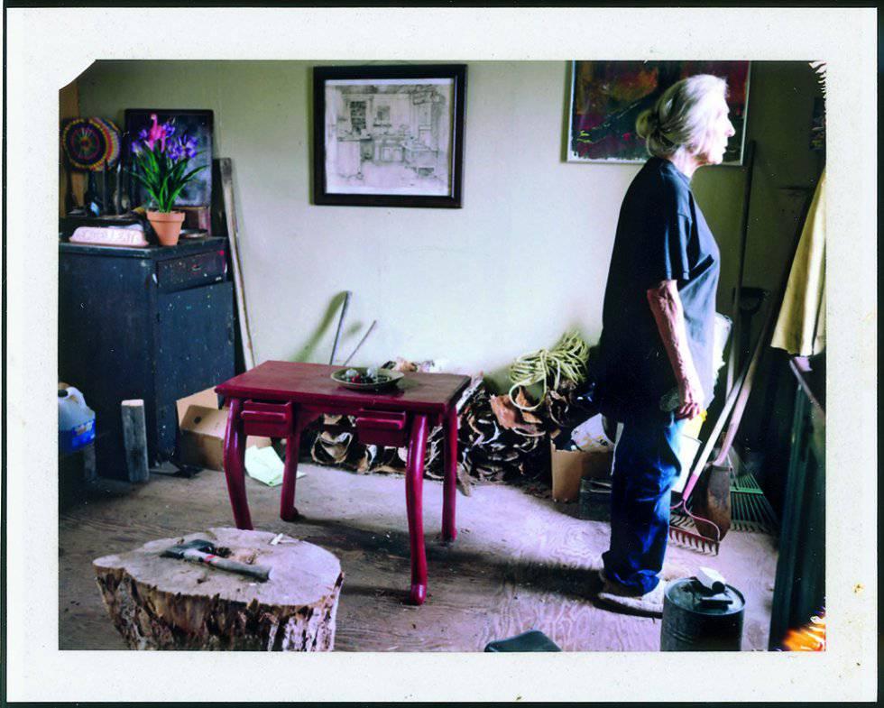 June Leaf (esposa de Robert Frank) en Mabou (Canadá) en 2009. Del libro 'Household Inventory Record' (2013).