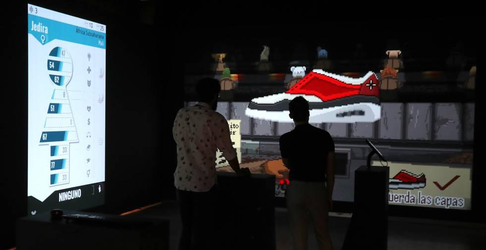 Dos de los videojuegos jugables de la exposición.