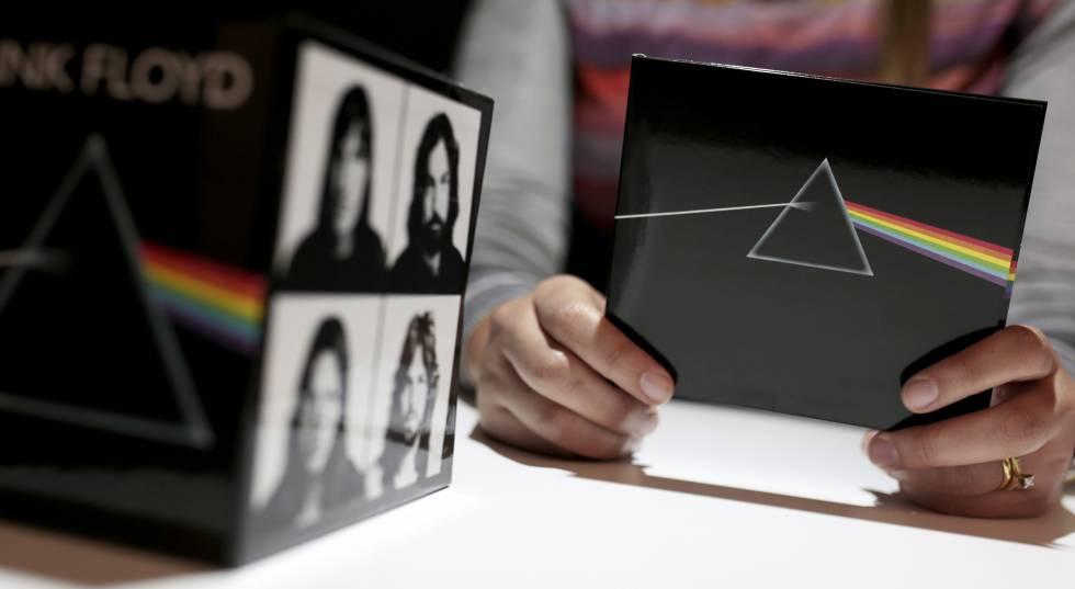 Primer disco y caja contenedora de la colección 'Pink Floyd'.