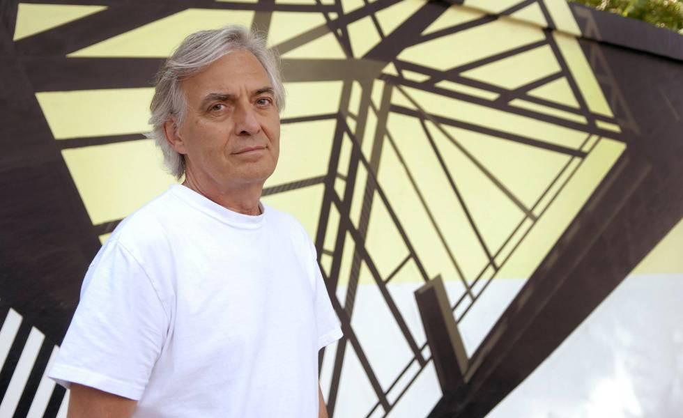 El escritor francés Jean Paul Dubois en octubre de 2011 en París.